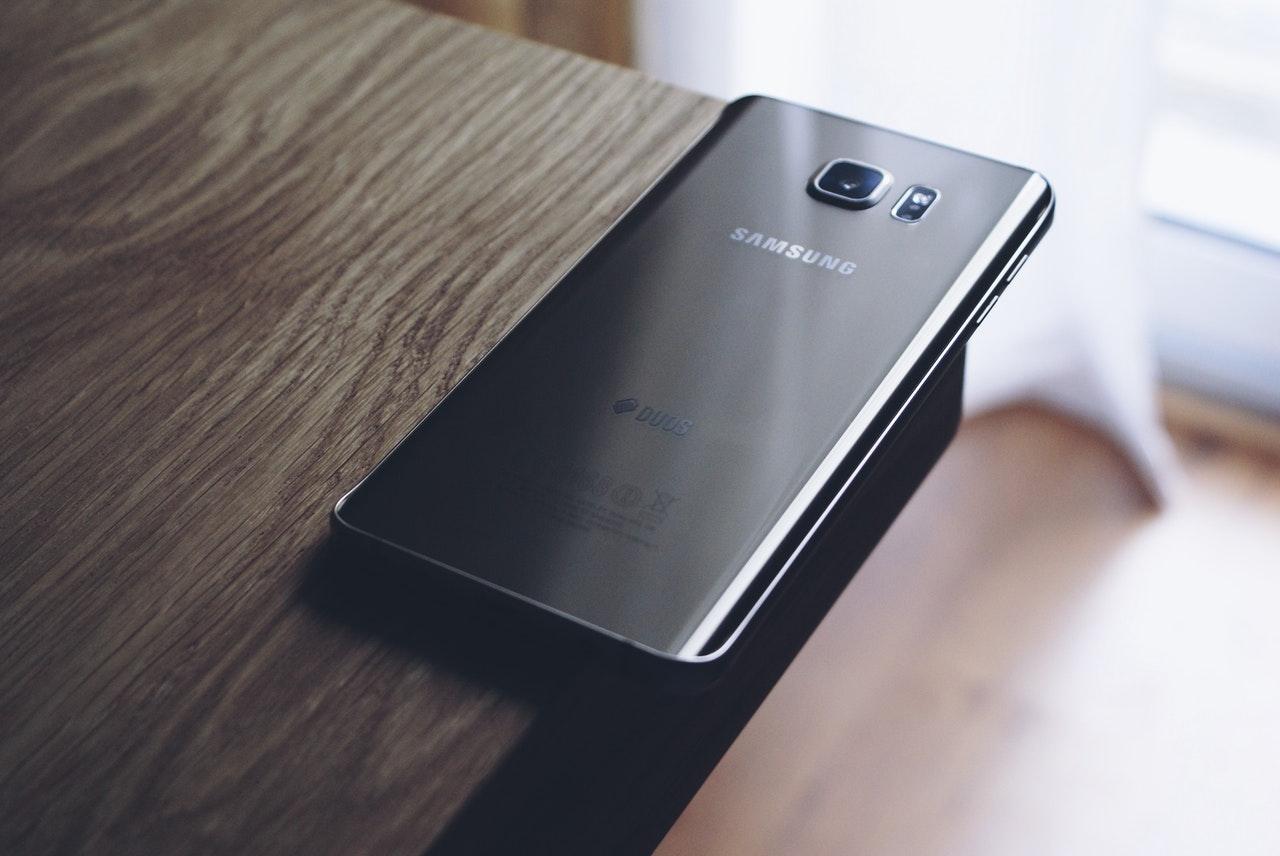 Как да удължим живота на смартфон Samsung в сервиз